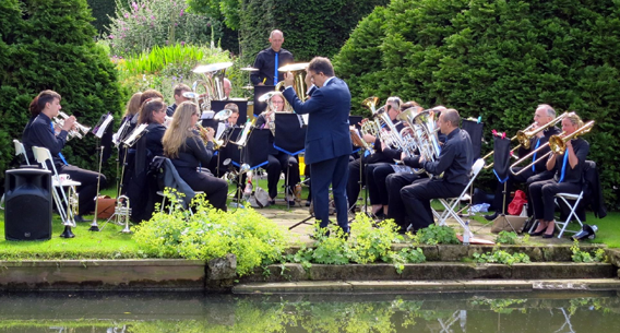 Performing at Abbots Ripton Hall in June 2016